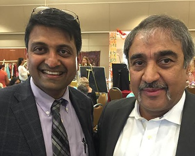 Dr Harish Hosalkar (President of SAPI-San Diego Association of Physicians of Indian Origin) with Pradeep Khosla (Chancellor, University of California, San Diego) as Guests of Honor at the 'Passage to India' – Event, in Encinitas, on 28th August 2015.